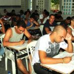 Candidatos fazem provas da 1ª etapa do concurso para Guarda Municipal