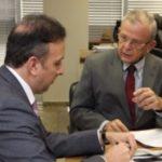 SINFONIA EM DÓ MAIOR : Aguinaldo Ribeiro recebe prefeito Agra em reunião no Ministério das Cidades