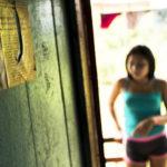 PEDRO ALVARES CABRAL, O GRANDE CULPADO : Meninas Indias trocam cabaço INTE por 20