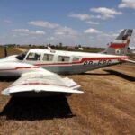 DE BARRIGA :avião de RC tem problemas na aterrissagem