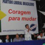 JOÃO COURO D'KILO NEGA, MAS É FLAGRADO PARTICIPANDO