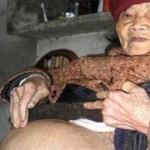 Mulher de 90 anos da à luz a bebê de pedra, que já tinha 60 anos