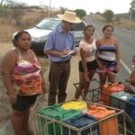 No Alto Sertão, moradores da Zona Rural perambulam atrás da água que resta em cacimbas