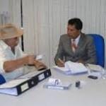Líder do Governo defende acordo para evitar racha, mas antecipa: 'Sigo João'