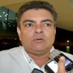 """Secretário do PSDB diz que candidatura de Cássio """"é apenas questão de tempo"""" já Ronaldinho diz que não sabe posicionamento de Cássio para 2014, mas declara apoio a decisão do senador"""