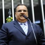 Jornal de circulação nacional destaca rompimento político de Rômulo com a família Cunha Lima e eu só acredito vendo
