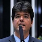 "Ruy dá como ""concreto"" Agra na 1º suplência de senador"