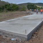 Zona rural de Ingá é beneficiada com a construção de passagem molhada
