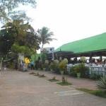 A Justiça Federal concedeu liminar impedindo, por tempo indeterminado, a demolição de bares na praia de Jacaré