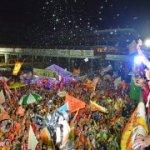 NA ORLA DA CAPITAL, RICARDO COMEMORA COM FESTA