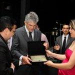 Ricardo Coutinho recebe homenagem de delegados paraibanos