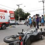 Motos pagam pelo 'custo imprudência' Pelo alto índice de acidentes, motocicletas pagam quase o triplo do Dpvat