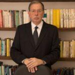 """UM PROFESSOR ALOPRADO : """"Leis e mulheres foram feitas para serem violadas"""""""