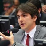 EIS O MISTÉRIO DA FÉ : Dos 12 deputados federais paraibanos, apenas 2 renunciam à aposentadoria especial
