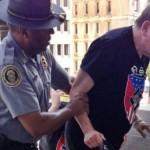 Casal acusado de vender pacotes de viagens falsos em JP é preso nos Estados Unidos