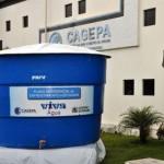 Prefeitos de 17 cidades da PB recebem 96 caixas d'água para 250 mil pessoas