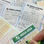 Mega-Sena pode entregar segundo maior prêmio da história nesta terça-feira