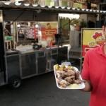 Como jovem desempregado virou 'rei do frango' assado com empréstimo de R$ 1 mil