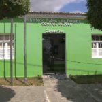 ASSALTANTES DESAFIAM OS TRES PODERES ; Bandidos metralharam a sede do Ministério Público, Casa Paroquial, e a Cadeia depois de explodir banco