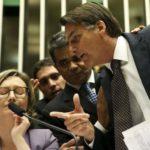 """""""Temos que respeitar a vontade popular"""", diz Bolsonaro sobre armas"""