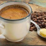 Café com óleo de coco é febre entre as famosas e ajuda a emagrecer