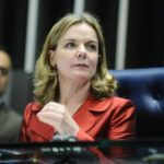 Gleisi Ataca Moro No Natal Com Vídeo Sobre Aparições Públicas: 'É Juiz Ou Astro?'