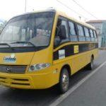 Ônibus escolar de prefeitura circulava há 7 anos sem placas