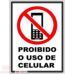 HEI, PSIU ! :Saiba porque o uso do celular antes de dormir pode atrapalhar seu sono
