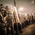 O QUE É QUE VOCÊ ACHA ? : STF proíbe policiais de fazerem greves