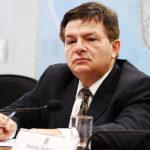 Homossexual assumido, ministro paraibano transforma processo de cassação de Dilma/Temer na ação da sua vida