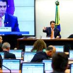 Comissão aprova texto da Reforma da Previdência, veja os partidos que votaram não