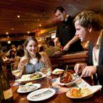 PROJETO DE QUEM COME POUCO : Comissão aprova lei proibindo taxa extra em divisão de porções em restaurantes