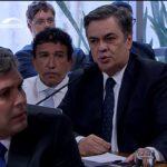PARAIBANOS TROCANDO : Cássio Cunha Lima manda Lindbergh tomar no centro do orifício Monossilábico