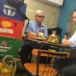 TEM FUNDAMENTO ? :Foto mostra encontro de Janot e advogado de Joesley em bar de Brasília
