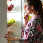 MEDICINA E SAÚDE : O que comer antes de dormir? Ou é melhor ir para cama sem comer nada?