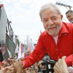 Ex-presidente Lula é condenado a 12 anos de prisão