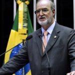 PRONTO, DUDU SE ENTREGOU ; Ex-governador de MG, Eduardo Azeredo se entrega para cumprir pena de 20 anos