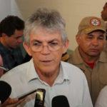 JOÃO AZEVEDO COME PELAS BEIRADAS DIZ RICARDO COBRANDO POSIÇÃO DO PDT
