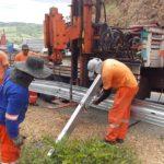 DER implanta mais de 4 mil metros de defensas em curvas perigosas de rodovias