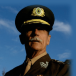 O tuíte do general sobre Jair Bolsonaro no Roda Viva