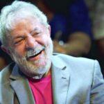Defesa de Lula apresenta dois recursos pela candidatura do ex-presidente