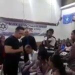 NÃO LEVA A ESPOSA PARA A IGREJA : Pastor revela traição do fiel durante o culto e ainda diz o nome da chifreira