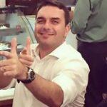 Ministro do STF suspende investigação sobre Queiroz