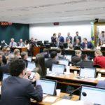 ATENÇÃO ! : CCJ pode votar hoje PEC da prisão em segunda instância
