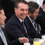 Brasil não é 'paraíso gay', mas 'quem quiser vir coisar com mulher, fique à vontade', diz Bolsonaro