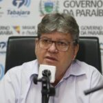 João Azevêdo assina PCCR dos agentes penitenciários nesta segunda-feira