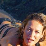 LEGAL :Luana Piovani tira onda nas férias: 'Quero botar os peitos para fora e enfiar maiô no cu*'