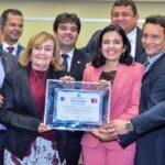 Assembleia concede título de cidadania paraibana à Pollyanna Dutra
