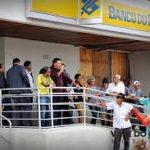 Agências bancárias funcionam em horário especial nesta terça, véspera de Natal, na Paraíba