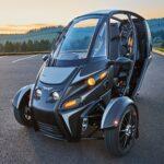 Elétrico de três rodas leva duas pessoas e anda até 165 km sem recarga
